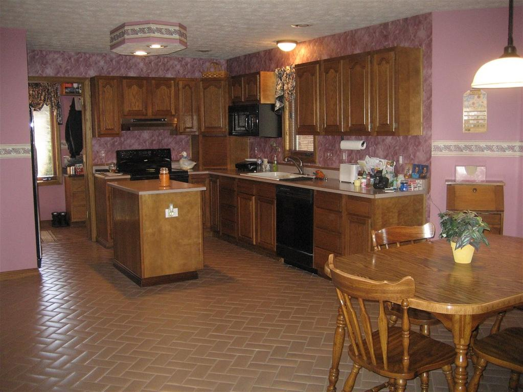 There Are Many Factors Involved That Determine The Quality And Duration Of Cabinet Painting Better Prep Work Is Performed