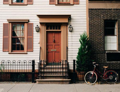 DIY Exterior House Painting vs. Hiring Professional Painters